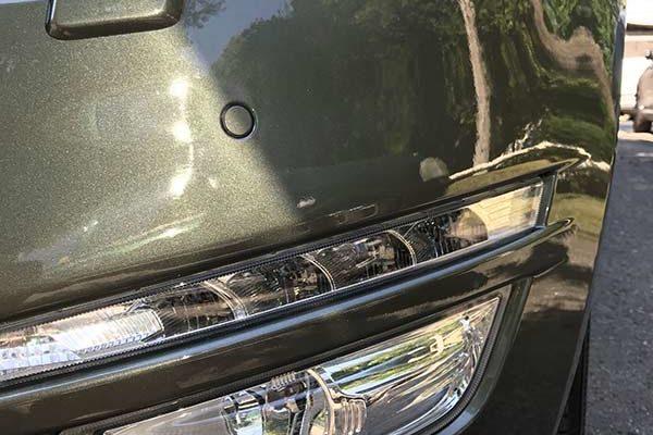 Ford Mondeo fényezése sok apró sérülés miatt