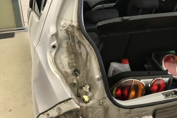 Chevrolet Spark balesetes javítása