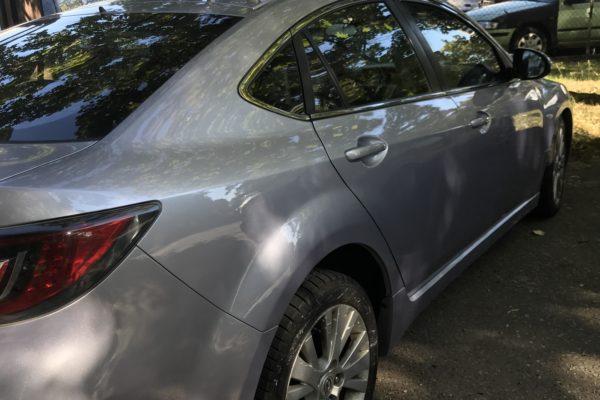 Mazda jobb oldalának javítása