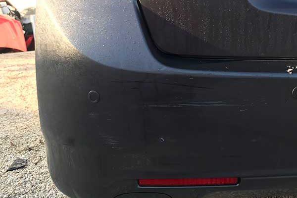 Honda Accord hátsó lökhárítójának javítása, fényezése
