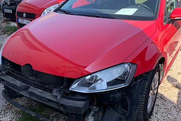 VW Golf első lökhárítójának javítása