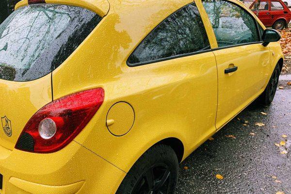Opel Corsa javítása, fényezése
