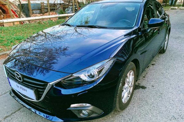 Mazda3 első lökhárító javítása