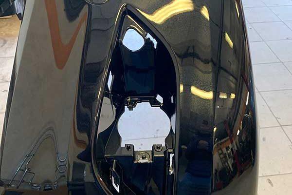 Ford Focus első lökhárító javítása, fényezése